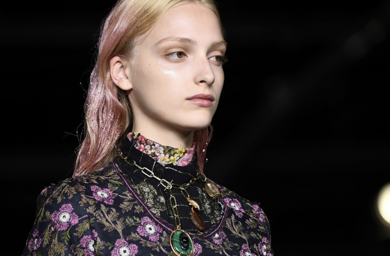 Makeup Trends from Paris Fashion Week 2019 - HOLR Magazine